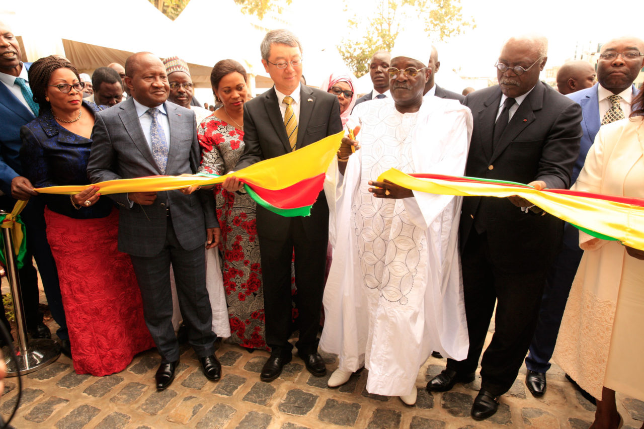 inauguration-site-recasement-personnel-assemblee-nationale-1280x853.jpg