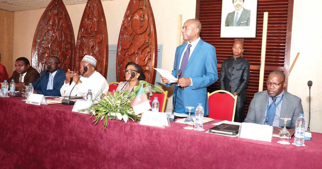 commerce-international-Le-Cameroun-souhaite-améliorer-sa-bonne-santé-économique-1280x672.jpg