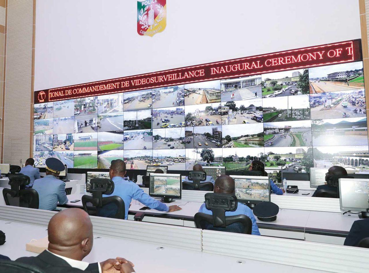 Centre-national-de-commandement-de-videosurveillance-de-la-Delegation-generale-a-la-Surete-nationale-1280x948.jpg
