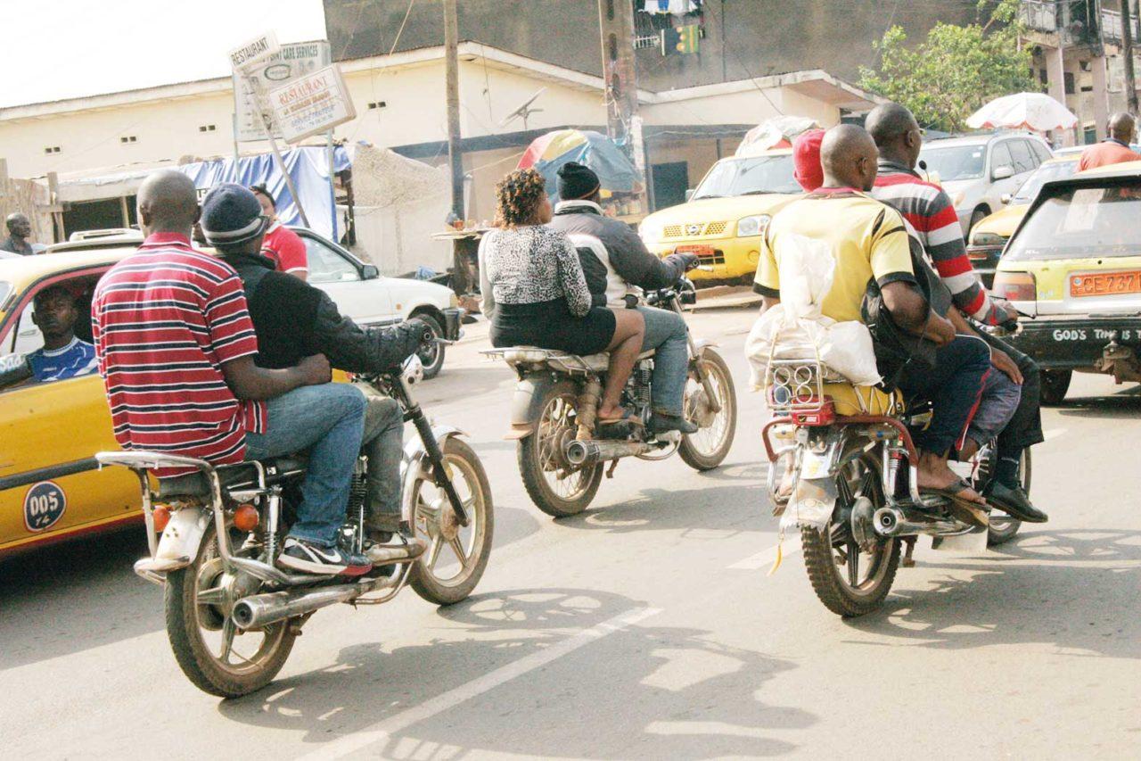 moto-taxis-desordre-urbain-1280x853.jpg