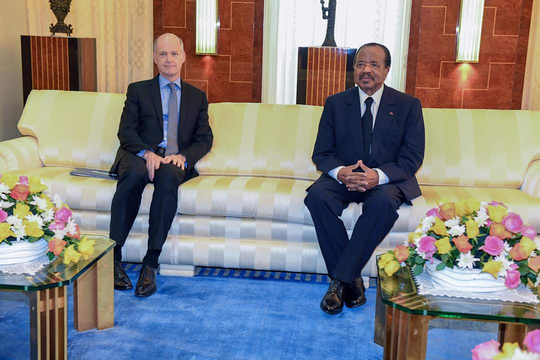 Paul-Biya-recoit-Christophe-Guilhou.jpeg